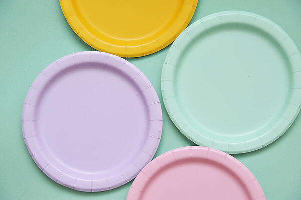 colorful-paper-plates