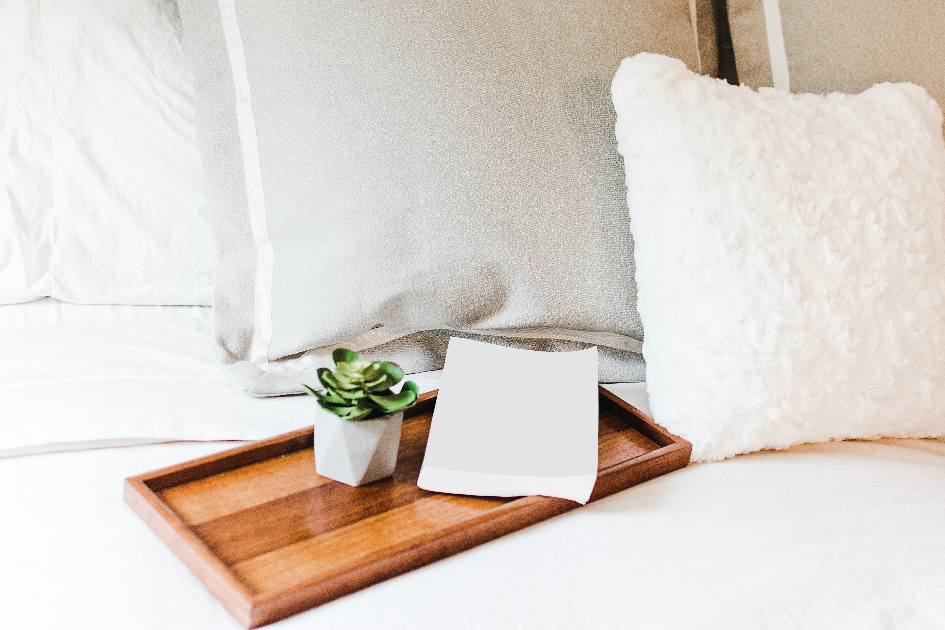 guest-suite-welcome-tray-bed-pillows